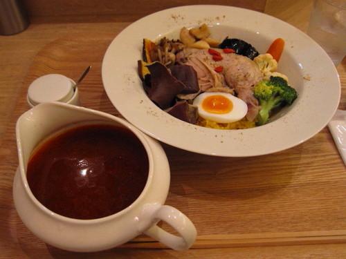 旬の野菜のスープカレー
